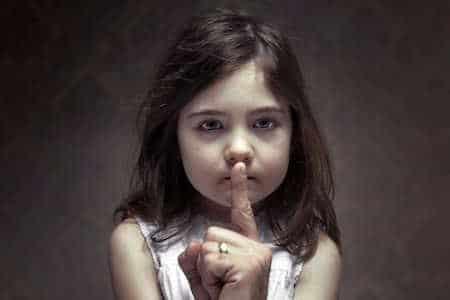 Abuso infantil reprimido