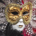 La Mascara de las creencias impide ver la luz