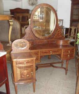Deseo vender mis muebles y no se venden que puedo hacer - Muebles antiguos cordoba ...