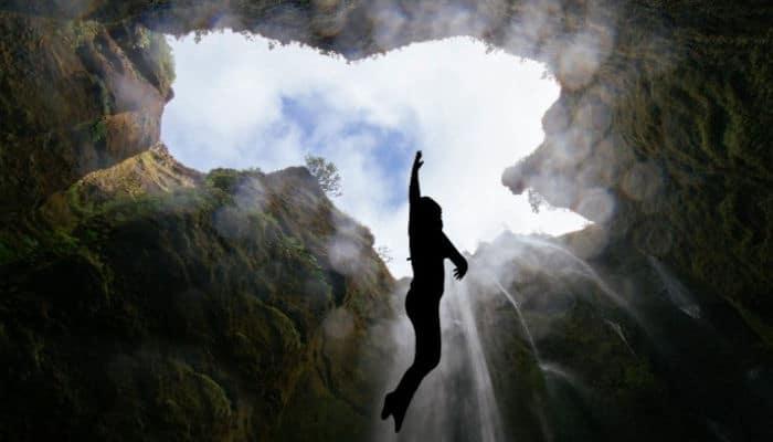 El tocar fondo es el camino mas corto a Dios