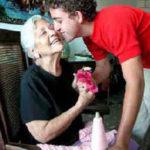 Compartiendo gracias – Honrar a los padres